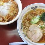山田うどん - 料理写真:かき揚げ丼Bセット(ラーメン)