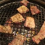 焼肉 鉢屋 -