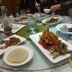110159860 - 食事の様子。
