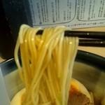 らーめん奏 - 加水率低めのストレート細麺