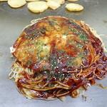 あまんじゃく - 料理写真:肉玉そば850円