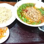味楽 - 台湾ラ-メン&半チャ-ハン