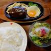 """肉の万世 - 料理写真:""""デミグラスソースハンバーグランチ/180g"""""""