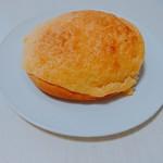 くがのマル井パン - メロメロメロンパン(150円)
