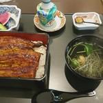 日本料理 貴布禰 - うな重 肝吸い付き