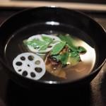 恵比寿 くろいわ - 黒わらび豆腐(水無月豆腐) 金目鯛 蓮根