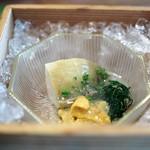 松川 - 房州鮑 淡路島由良雲丹(赤雲丹) 出汁ジュレ掛け 肝ポン酢