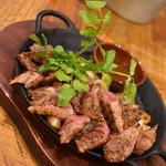 MEAT&WINE WINEHALL GLAMOUR - 牛フィンガーミート★THEステーキ200g(1,490円+税)2019年5月