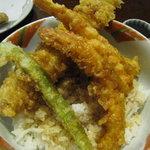 天ぷらふそう - タレは自分でかけます。