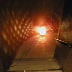 坐・和民 - 階段を下りると入り口があります。