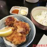 味見鶏まるめん - 唐揚げ定食 +310円