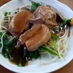 ラーメン SunQ - 豚の角煮!