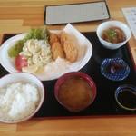 かき太郎 - カキフライ定食