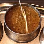 バンゲラズ キッチン - 挽き肉の旨味の後に辛味がガツンとくるキーママター