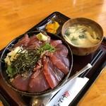 飯の肴 てらや - 料理写真:まぐろ漬丼(2019年6月)