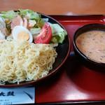 ちゃんこやぐら太鼓 - ちゃんこ屋のつけ麺780円