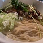 麺s慶 - あさり蕎麦 平打ち麺で
