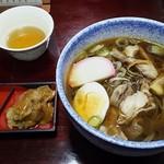 太郎亭 - 冷たい肉そば 700円