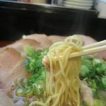 らーめん2国 - チャーシューらーめん、太麺での注文です