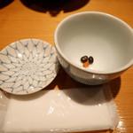 110240162 - 2019/2/28  黒豆茶