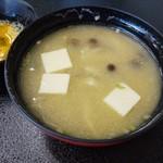 民宿 千年松 - 味噌汁