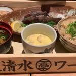 110241903 - かつおの藁焼き定食(並)1,130円