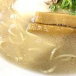 ろく月 - 豚白湯スープ