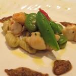 クリマ ディ トスカーナ - パスタはニョケッティ 伊勢の伊勢海老 春の豆たち(そら豆・スナップエンドウ)