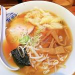 萬龍軒 - ワンタン麺