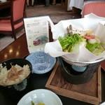 11026916 - 「神」鍋風うどん定食