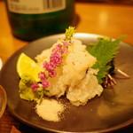 ぽんしゅや 三徳六味 - 淡路産鱧の焼霜造り