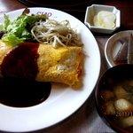 茶緒 - オムライス!(2011,12/30)