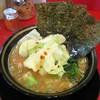 家系ラーメン たつ家 - 料理写真:らーめん(680円)+キャベツ(80円)