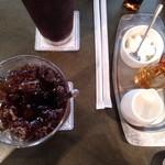 珈琲苑 - アイスコーヒーとミルクなど