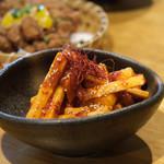 台湾もつ鍋本舗 もつ小屋 - 長芋キムチ