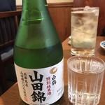 上川南店 - 日本酒は白鶴か大関ね