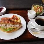 マイゲベック - ミックスサンド・モーニング730円 ※2011年12月