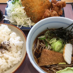 どんきゅう - 料理写真:アジフライから揚げセット