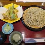 あづま - 野菜天せいろ(1250円+税)を大盛り(350円+税)