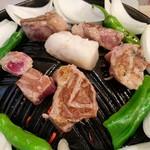 110321985 - ジンギスカン・スタートメニュー                       ジンギスカン 一人前セット 963円                       (肉、玉ねぎ、ピーマン、ししとう)