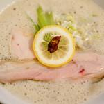 ナカムラボ - 鶏白湯