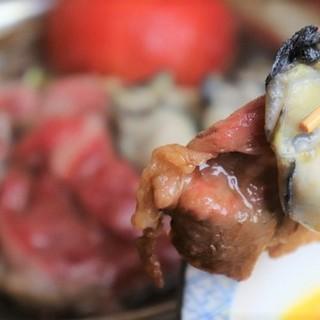 【名物】牡蠣と黒毛和牛のトマトすき焼き《TV出演!》