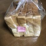 ボンヌ・ジュルネ - BJ食パン1斤¥270税込