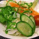 ミディアム・ロースト - 新鮮野菜サラダバー