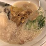 TOKYO豚骨BASE MADE by博多一風堂 - とんこつラーメン美味い