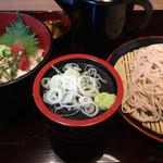110346884 - 「日替わり蕎麦セット」!                       火曜日の丼物は「鮪山かけ丼」。