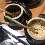 110354427 - 卓上の辛子高菜&刻み生姜