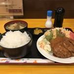 神戸一 - ほとんど、この「日替わり定食」をいただいています、今日はミンチカツ定食ご飯大盛り600円です!(2019.6.25)