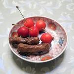チャイハナ  - 料理写真:かりんとうとさくらんぼ