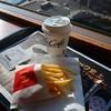 マクドナルド - 料理写真:Sコーヒー100円/Sポテト150円。